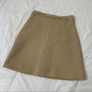 H&M a line tan skirt with gold buckle